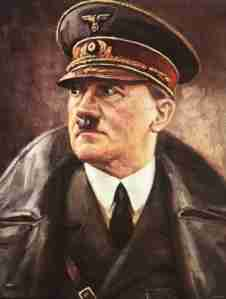 1940: Adolf Hitler ordena a sus generales preparar la invasión de Rusia bajo el nombre clave de Operación Barbarroja.