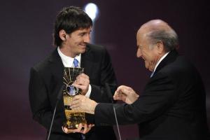 Lionel Messi recibe premio Jugador del Año 2009