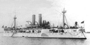 1898: Guerra hispano-estadounidense: Entra en La Habana el acorazado norteamericano Maine, cuyo hundimiento, atribuido a los españoles, sirve de pretexto para que Estados Unidos declarara la guerra a España.