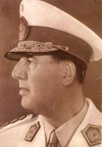 1960: el expresidente Juan Domingo Perón (en el exilio) abandona la República Dominicana y se traslada a España.